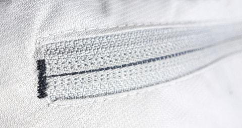 Sewing zipper pocket